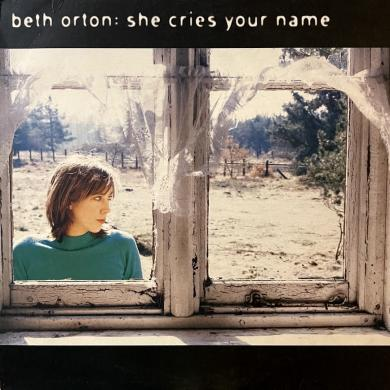 "BETH ORTON / SHE CRIES YOUR NAME [10""]"
